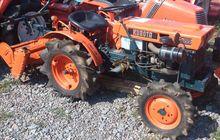 Tractor KUBOTA B7000