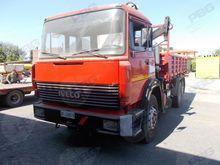 FIAT 180.26 Truck with crane