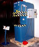 """20 Ton 12"""" Stroke Pressmaster C"""