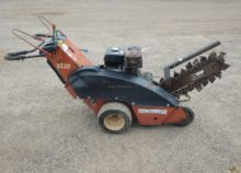 2000 DITCH WITCH 1030