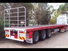 FREIGHTMASTER 45' TRI AXLE FLAT