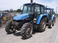 NEW HOLLAND TRACTOR WRECKING PA