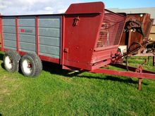 BUCKTONS ENG TANDEM AXLE SILAGE