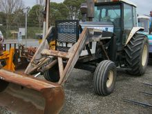 FORD 8401 2WD TRACTOR