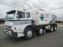 2011 IVECO ACCO 8X4 WATER CART