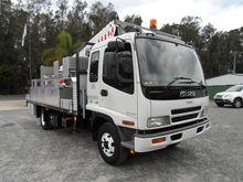 2005 ISUZU FRR500