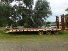 2008 RUSSELL HEALE Tag Trailer