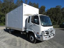2009 FUSO FIGHTER 7