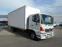 2012 HINO 500 SERIES - FD 1124