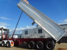 2007 S&T FABRICATIONS Tipper
