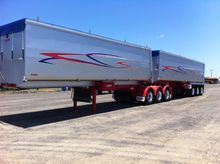 MOORE TRAILERS B DBL SLIDING A