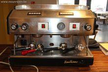 1 professionele koffiemachine D