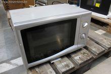 1 microwave oven SMEG, detached