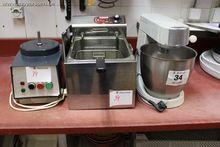 1 robot de cuisine KENWOOD MAJO