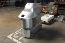 1 digital dough kneading machin