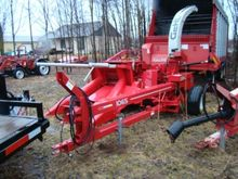 Gehl 1065-1075 Forage harvester