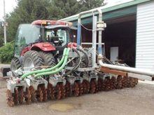 John Deere 14 ft Seed Drill