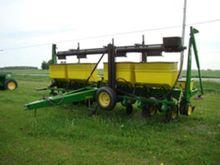 John Deere 7000 Corn Planter