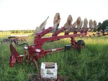 Used Plow in Bécanco