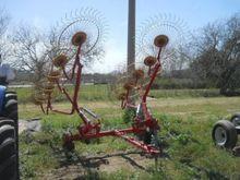 Used rake in Napierv