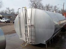 Mueller 4000 gal Milk tank (bul