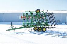John Deere 980 Cultivator