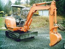 1991 Hitachi EX22 Excavator