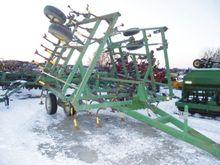 Used John Deere 980