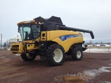 2010 New Holland CX 8080 Combin