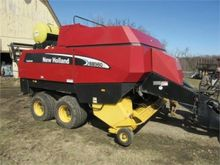 New Holland BB960A Square Bale