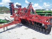 Hutchmaster 7500 harrow