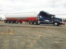 Kenworth tanker Walinga 2013, w