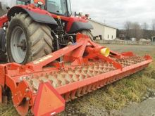 Kuhn 4.5 m Power harrow