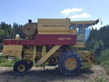 New Holland TR-70 Combine