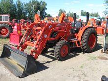 2015 Kioti DK5510H Tractor