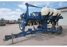 Kinze 2300 Planter Twin Line