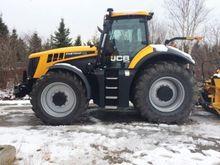 2014 JCB 8310 Tractor
