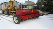 International 5100 Seeder