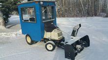 2009 Cub Cadet Tractor GT3200