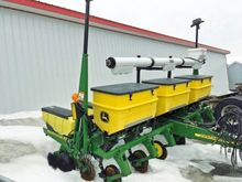 John Deere 6 rows Planter