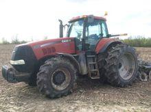 2009 Case IH Magnum 305 Tractor