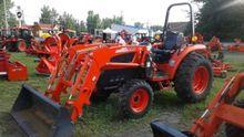 Kioti DK45se HST Tractor