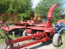 New Holland 790 Forage Harveste