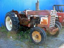 International 784 Tracteur
