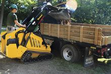 CTX100 Mini Skid Steer