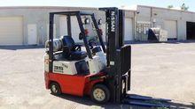 2000 Nissan CPJ01A15PV Forklift
