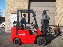 2000 Nissan CPJ02A25PV Forklift