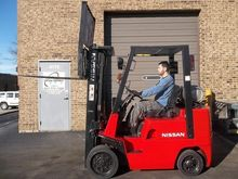 2003 Nissan CPJ02A25V Forklift