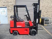 1986 Nissan CPH01A18V Forklift