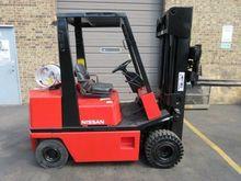 1996 Nissan APH02A25V Forklift